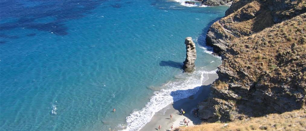 Ελληνικό νησί στην κορυφή λίστας των Sunday Times με 25 μυστικά νησιά