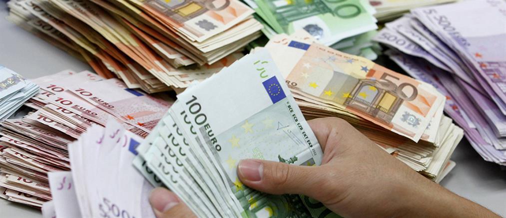 """""""Άδειασε"""" η τσέπη των νοικοκυριών κατά 600 εκατ. ευρώ"""