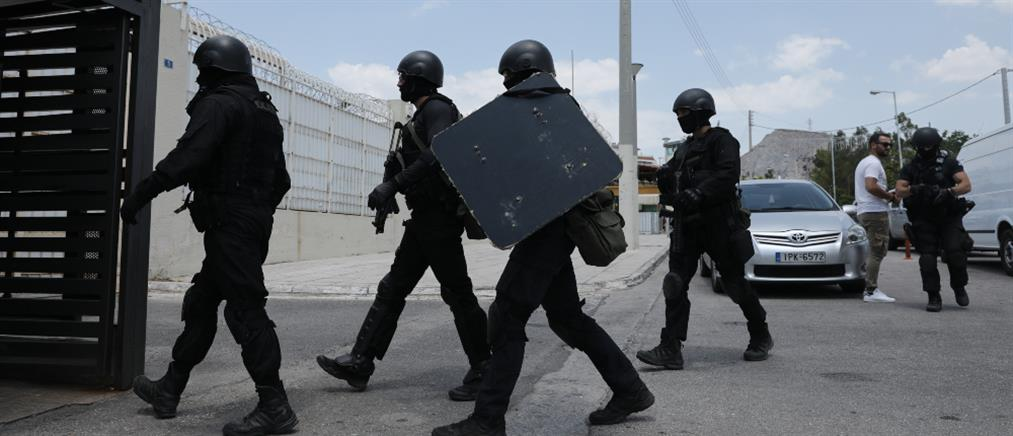 """Η δράση των """"Ράμπο"""" των φυλακών Κορυδαλλού (βίντεο)"""