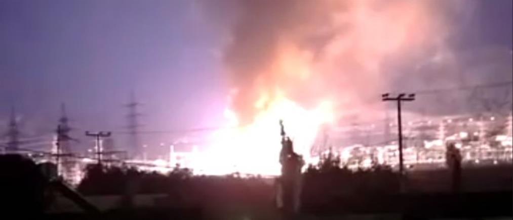 Μεγάλη φωτιά στον Ασπρόπυργο - Μπλακ άουτ σε πολλές περιοχές της Αττικής