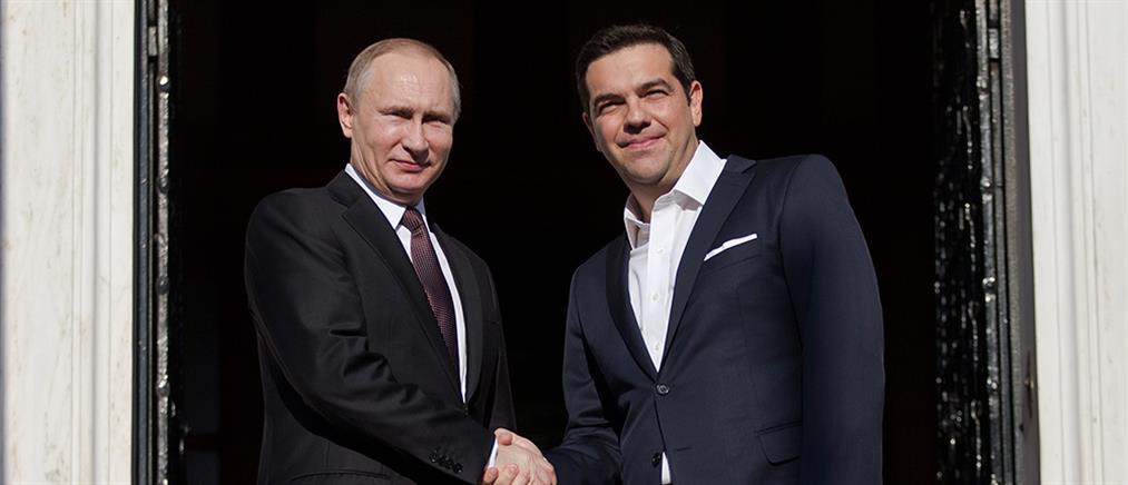 """Βίζα για τη Μόσχα """"ετοιμάζει"""" ο Τσίπρας"""