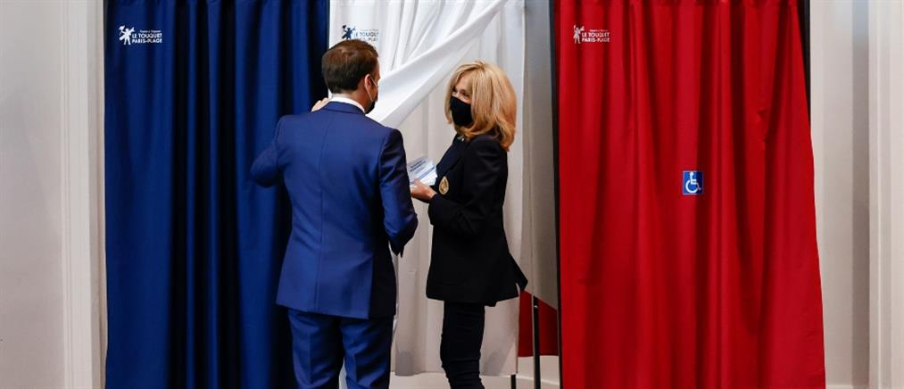 Γαλλία - Περιφερειακές εκλογές: Υψηλή αποχή και ήττα για Μακρόν