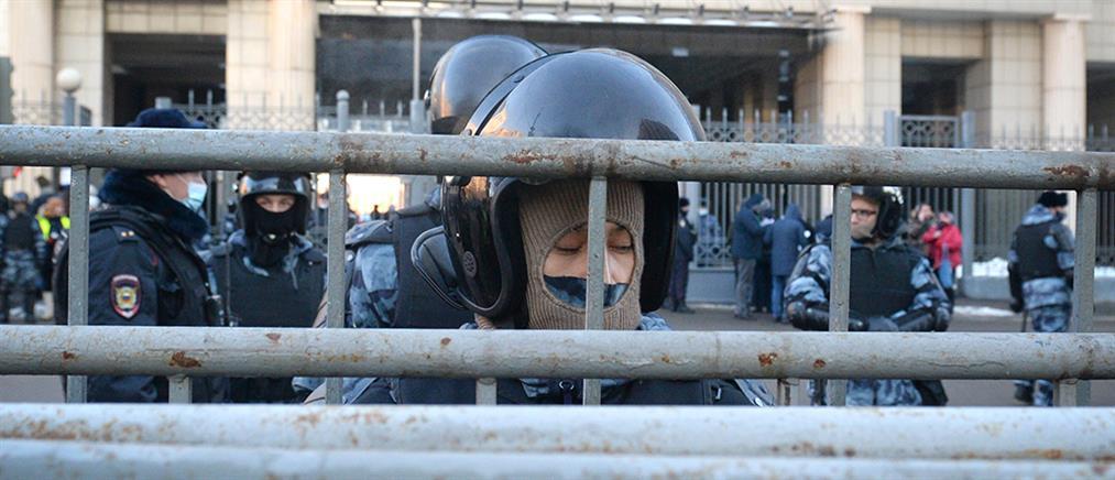 Ρωσία: Εμφανίστηκε ο Ναβάλνι, άρχισαν οι συλλήψεις (εικόνες)