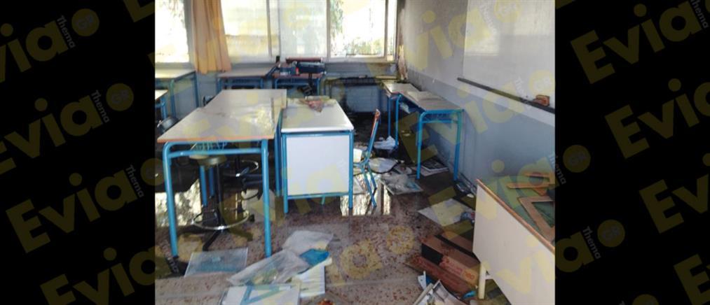 Φωτιά σε υπό κατάληψη σχολείο (εικόνες)