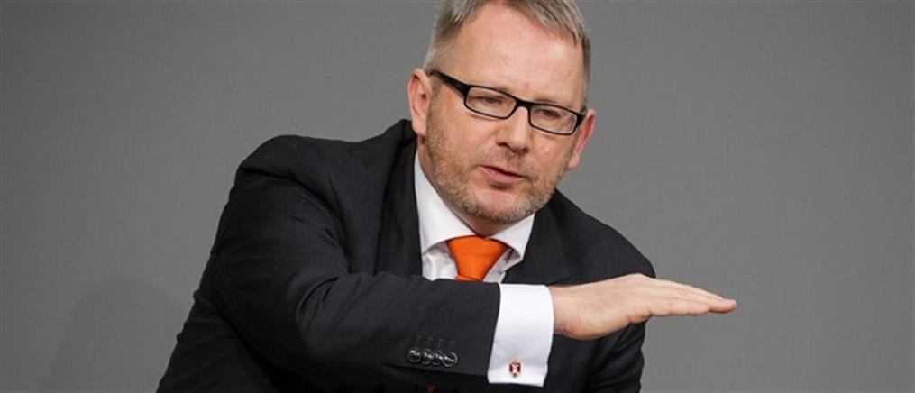"""Εκπρόσωπος SPD: αναπόφευκτο το """"κούρεμα"""" του ελληνικού χρέους"""