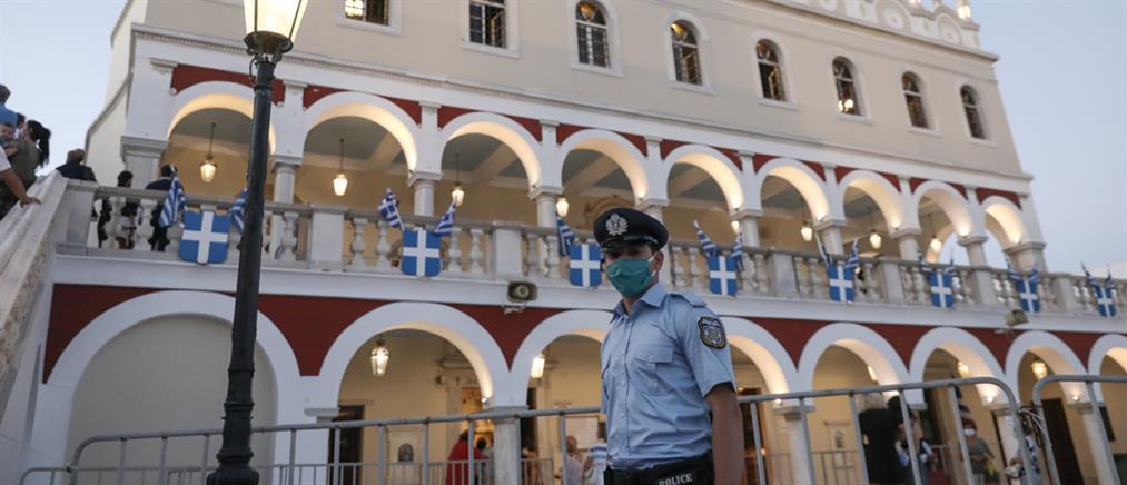 Κορονοϊός: Θετικοί αστυνομικοί που επέστρεψαν από την Τήνο