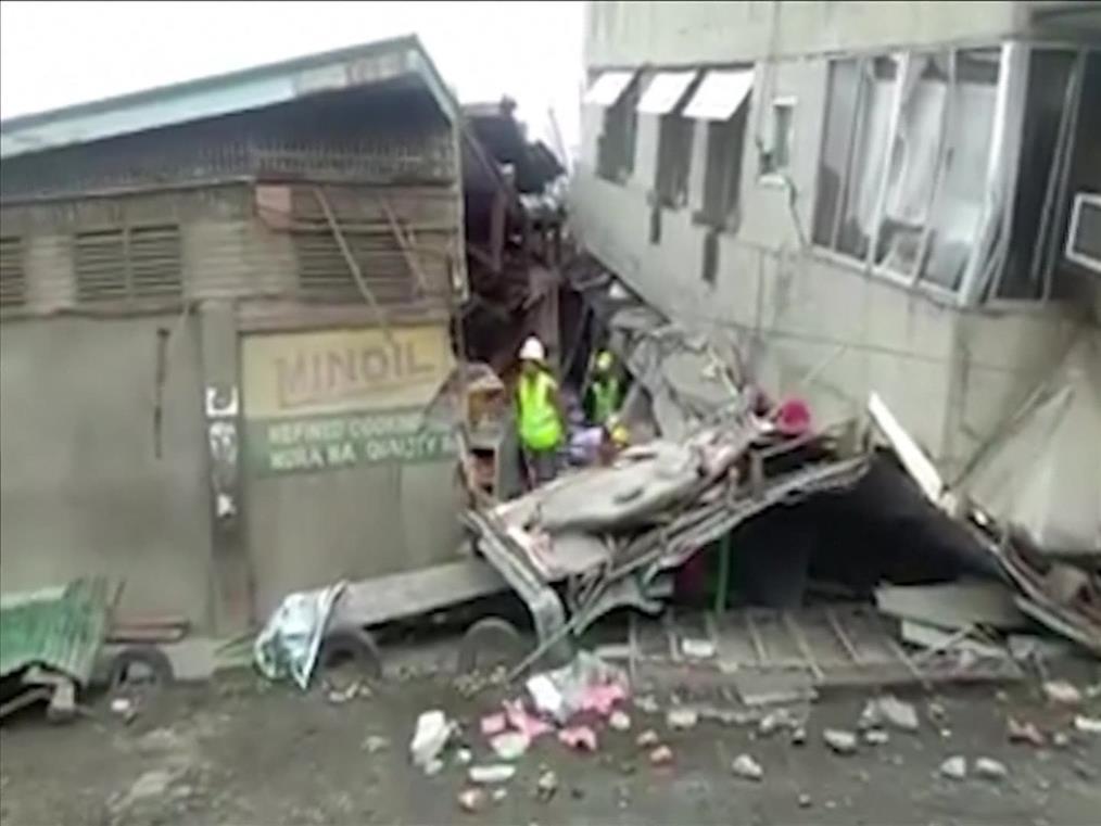 Καταστροφές από τον ισχυρό σεισμό στις Φιλιππίνες