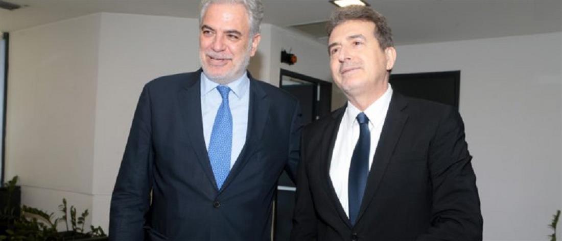 Στο Κέντρο Επιχειρήσεων Πολιτικής Προστασίας Στυλιανίδης και Χρυσοχοΐδης