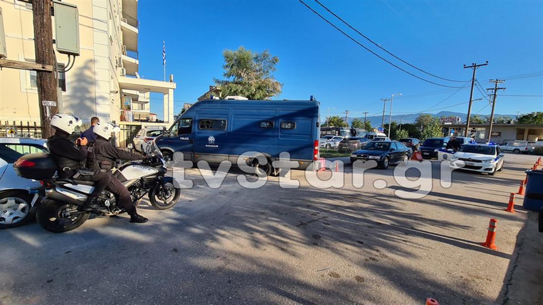 Διεύθυνση Αστυνομίας Φθιώτιδας - μεταγωγές - Χρυσή Αυγή - φυλακές