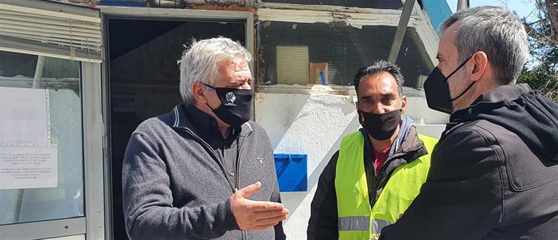Εργαζόμενος στην καθαριότητα βρήκε 1.000 ευρώ και τα παρέδωσε