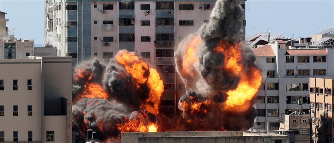 Γάζα: Βομβαρδίστηκε το κτήριο του Associated Press και του Al Jazeera (εικόνες)