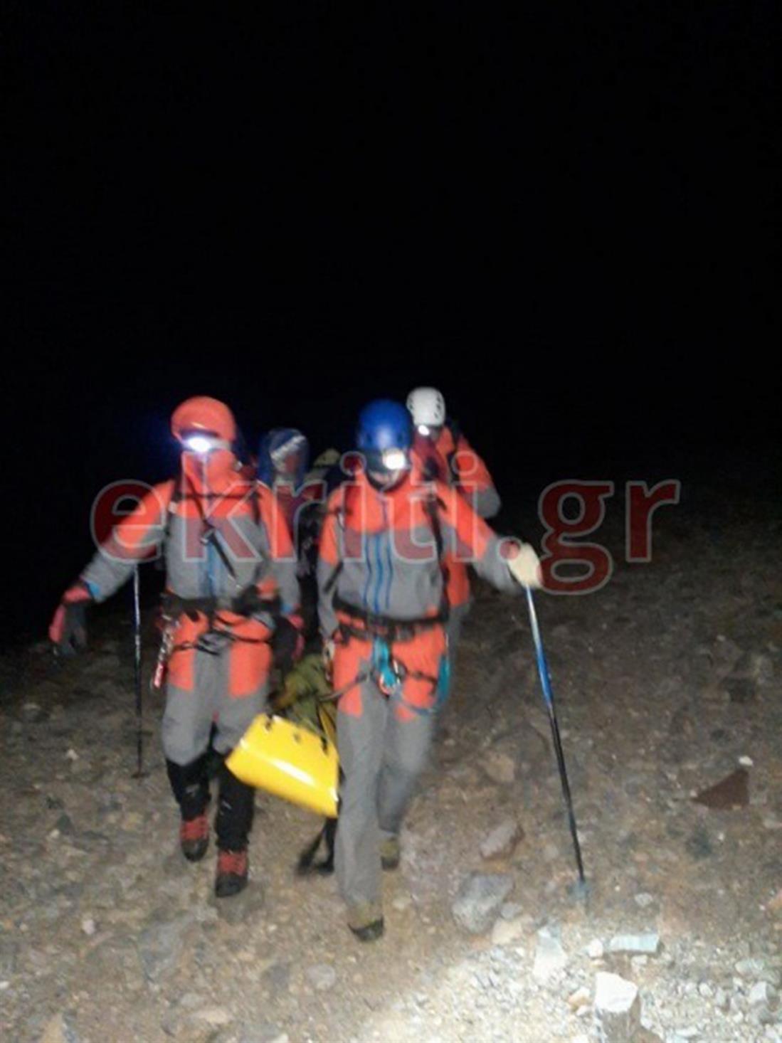Κρήτη - ορειβάτης - Ψηλορείτης