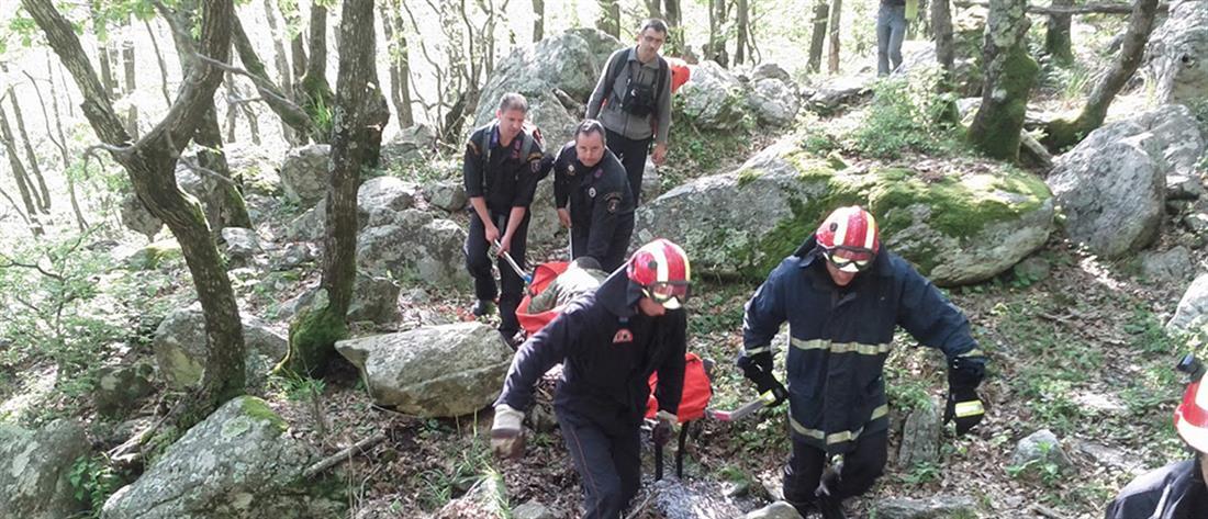 Μυστήριο με νεκρούς σε σπήλαιο στο Λουτράκι