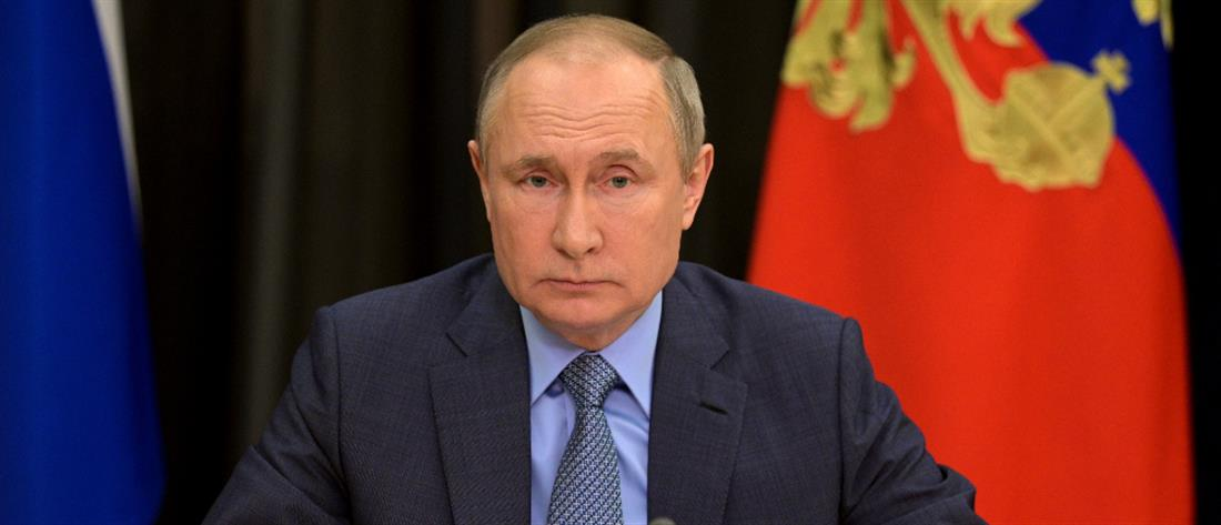 Κορονοϊός - Πούτιν: Υπέρ της άρσης της πατέντας για τα εμβόλια