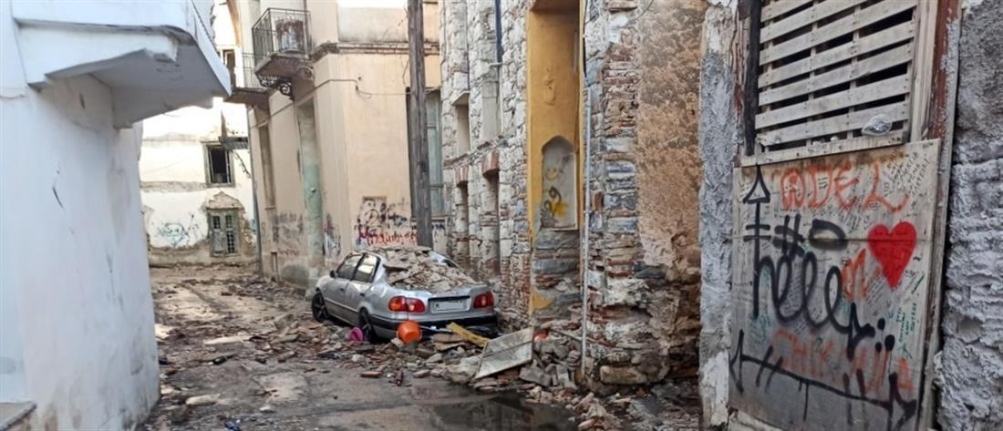 Σάμος - Σεισμός: Το νησί μετρά τις πληγές του (εικόνες)