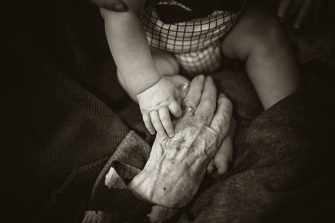 Τρίτη ηλικία - ηλικιωμένοι - παππούς - γιαγιά