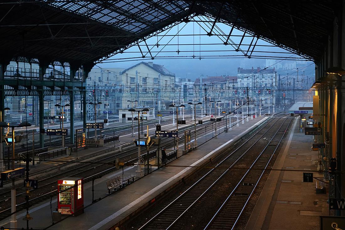 Γαλλία - απεργία
