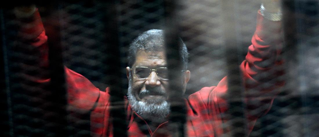 """Μοχάμεντ Μόρσι: Τα αίτια του θανάτου και ο """"Γολγοθάς"""" της ταφής"""