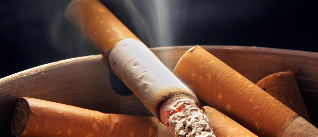 Κικιλίας για αντικαπνιστικό: Πιθανή η επιδότηση για... θερμάστρες σε καφετέριες