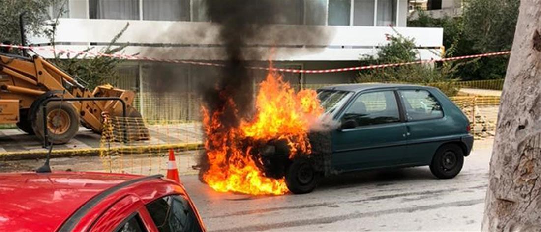 Αστυνομικός έσωσε γυναίκα και παιδί απο φλεγόμενο αυτοκίνητο (εικόνες)