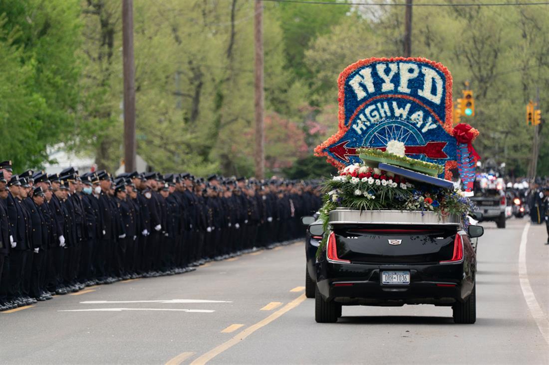 Tsakos - Τσάκος - κηδεία