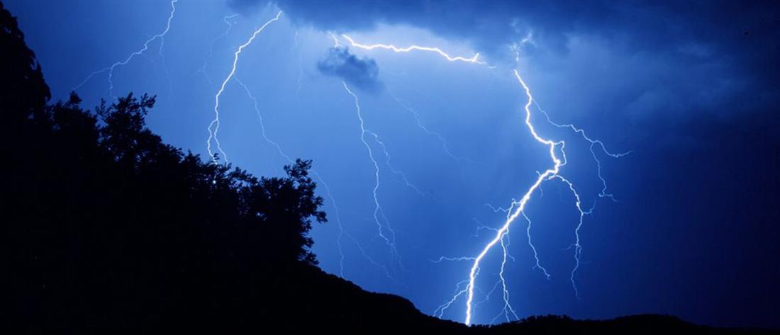 Έκτακτο δελτίο ΕΜΥ: έρχονται καταιγίδες και χαλάζι