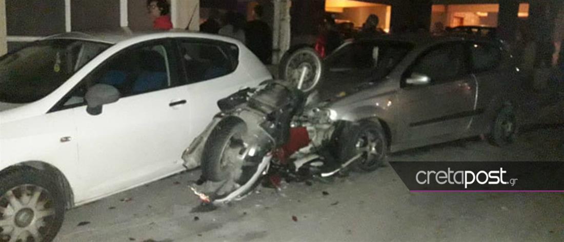 Σοβαρό τροχαίο με τραυματία οδηγό μηχανής (εικόνες)