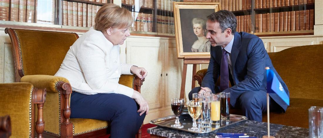 """Στον """"πάγο"""" βάζει η Μέρκελ τις προσδοκίες για το ελληνικό χρέος"""