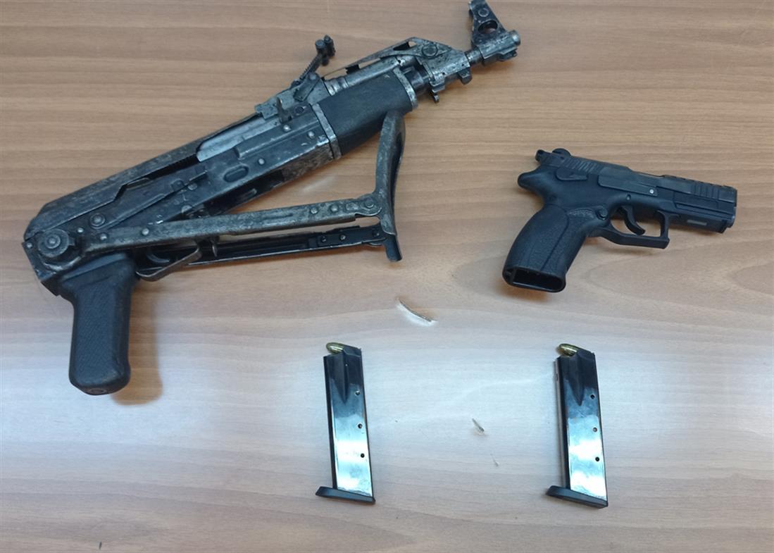 σύλληψη - έμπορος ναρκωτικών - καλάσνικοφ