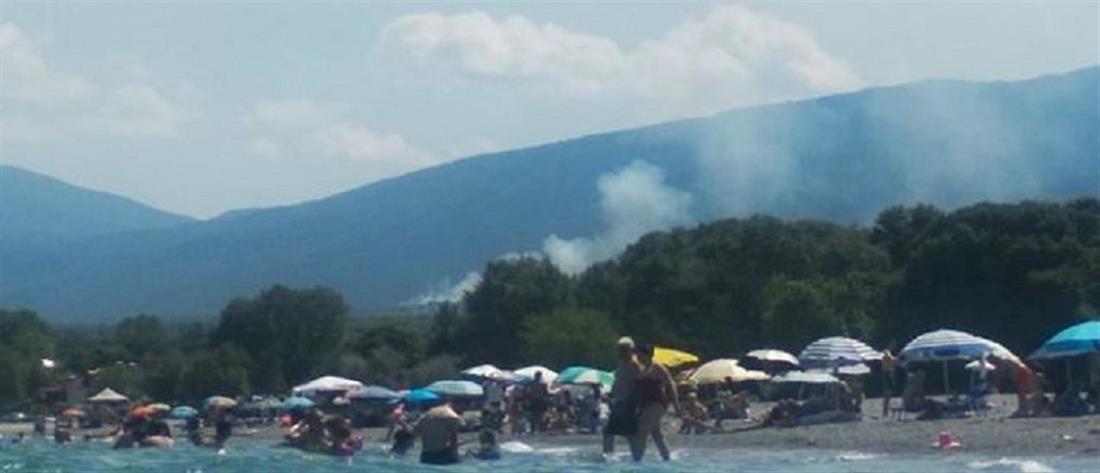 Όλυμπος: φωτιά στους πρόποδες του βουνού (εικόνες)