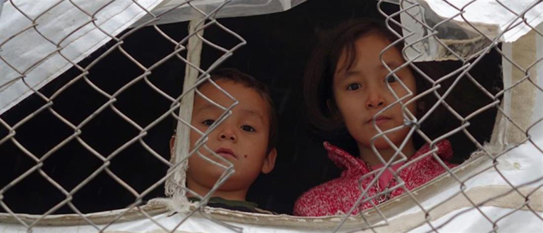 Δεκάδες ασυνόδευτα προσφυγόπουλα και ενήλικες αναχωρούν για τη Βρετανία