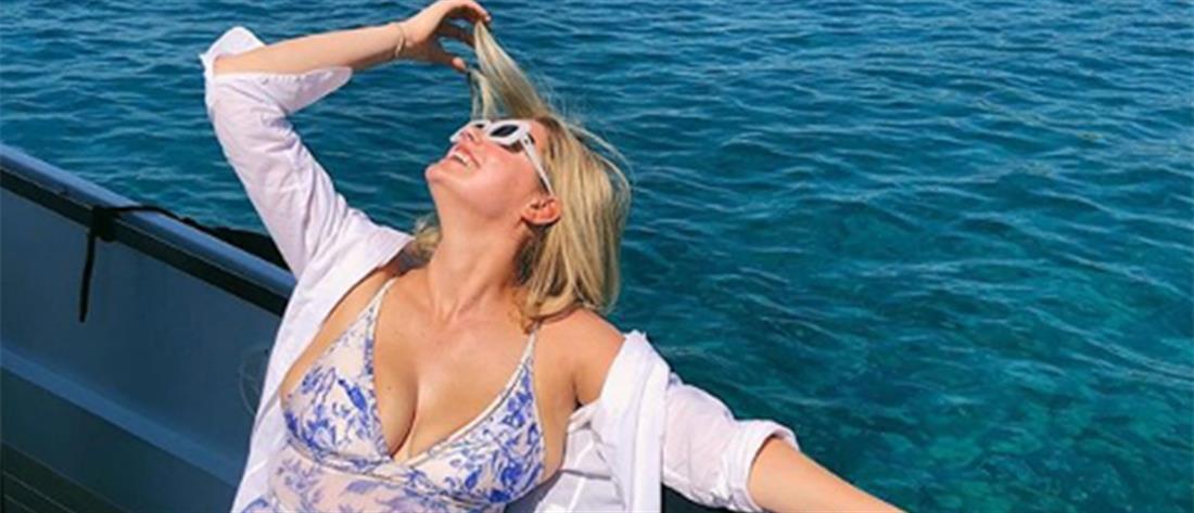 Διακοπές στην Ελλάδα κάνει η Κέιτ Άπτον (εικόνες)