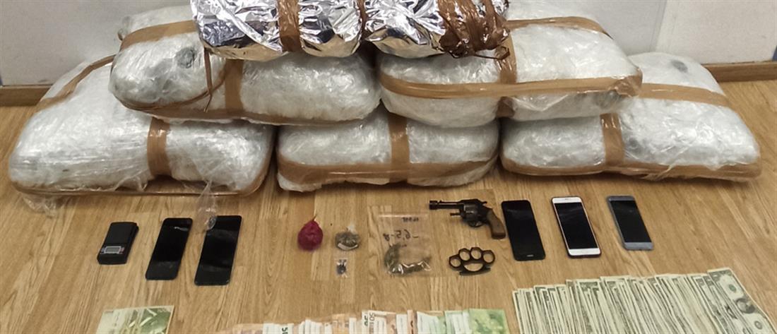 Συλλήψεις για διακίνηση ναρκωτικών (εικόνες)
