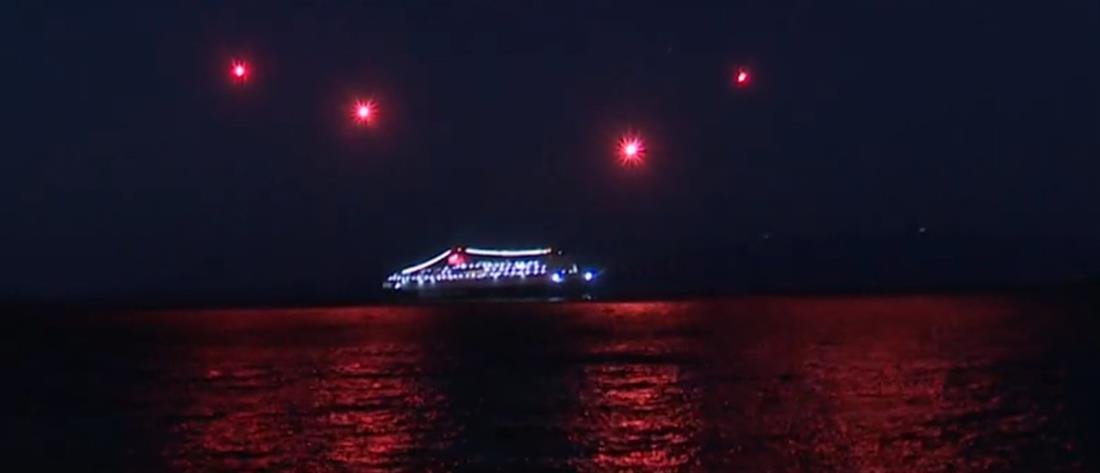 """Εντυπωσιακό βίντεο: Πλοίο """"χαιρετά"""" την Παναγιά Λατομίτισσα"""