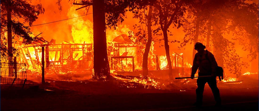 Καλιφόρνια: μαίνεται η τεράστια πυρκαγιά Ντίξι (εικόνες)