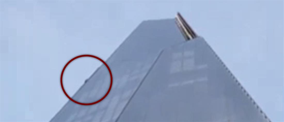 Αναρριχήθηκε με γυμνά χέρια στον ψηλότερο ουρανοξύστη του Λονδίνου! (εικόνες)