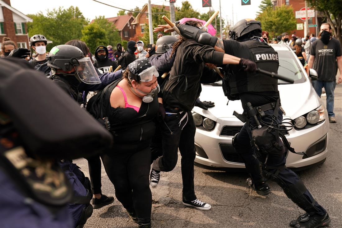 Λούισβιλ - Κεντάκι - αντιρατσιστική διαδήλωση