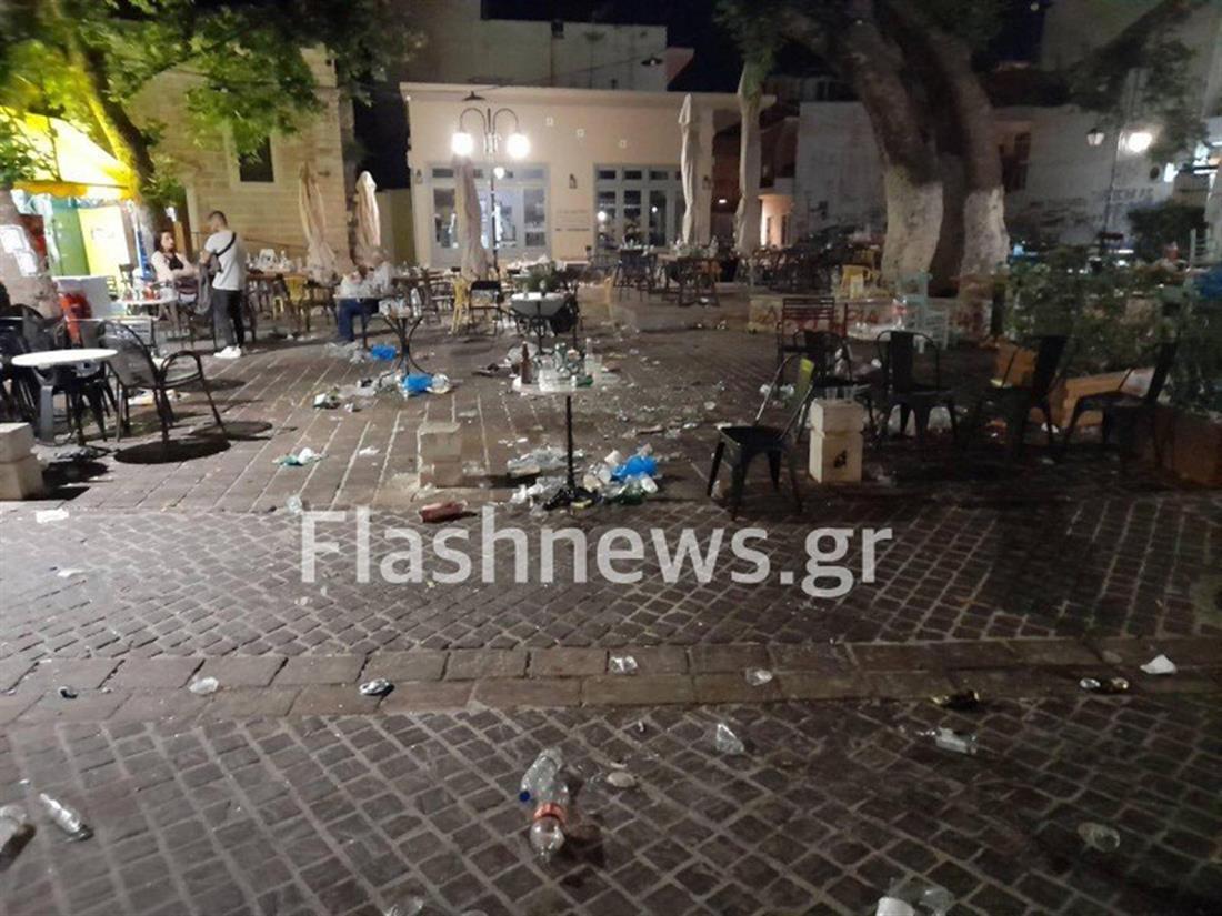 Νυχτερινά πάρτι - πλατεία - Χανιά