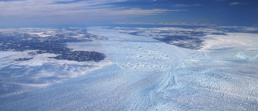Παγκόσμια ανησυχία: Η Γροιλανδία χάνει πάγους 7 φορές πιο γρήγορα (βίντεο)