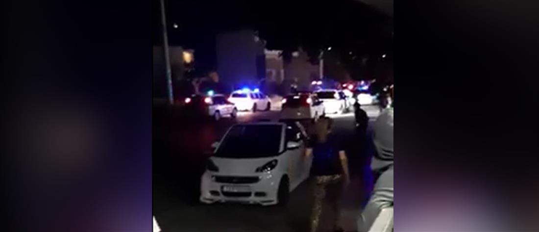 Επίθεση σε αστυνομικούς που πήγαν να διαλύσουν γλέντι σε καταυλισμό (βίντεο)