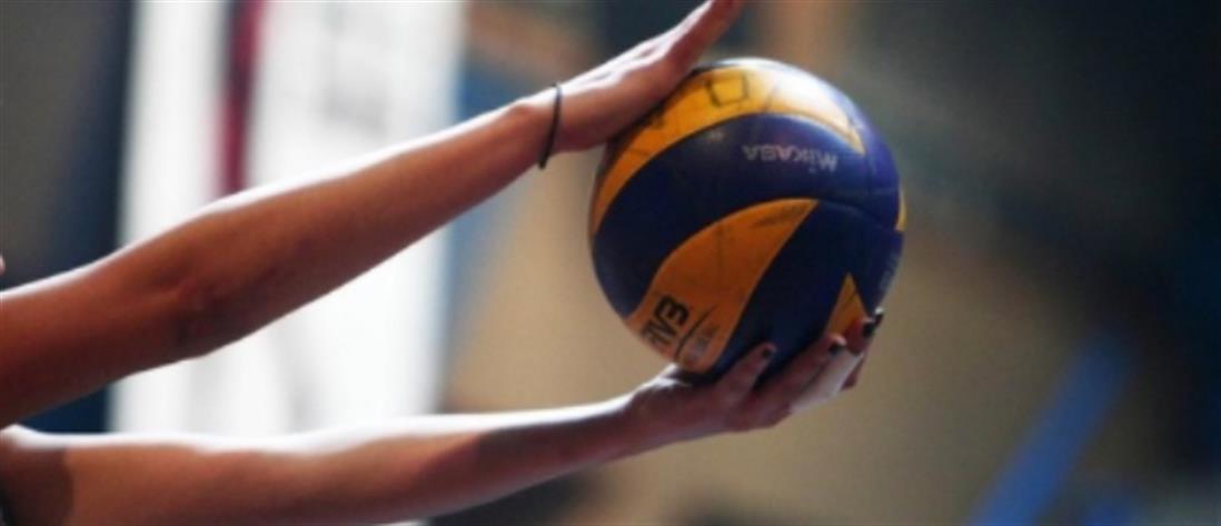 Προπονητής βόλεϊ κατηγορείται για παιδική πορνογραφία
