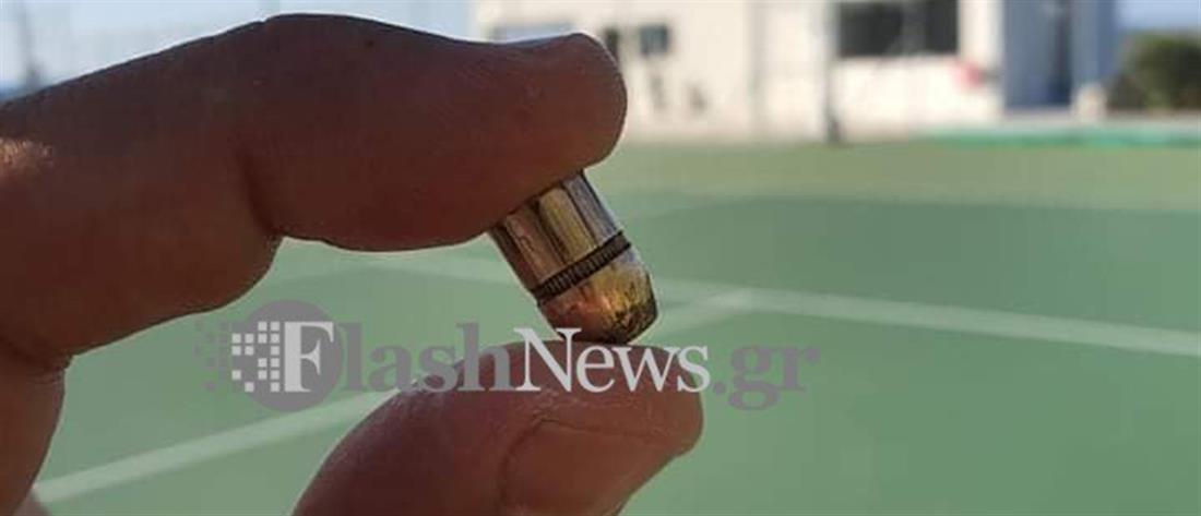 Σφαίρα έπεσε σε γήπεδο την ώρα αγώνα στα Χανιά (εικόνες)
