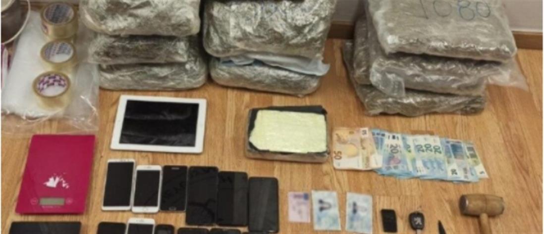 Συλλήψεις για κορονοπάρτι οργίων με επώνυμους (εικόνες)