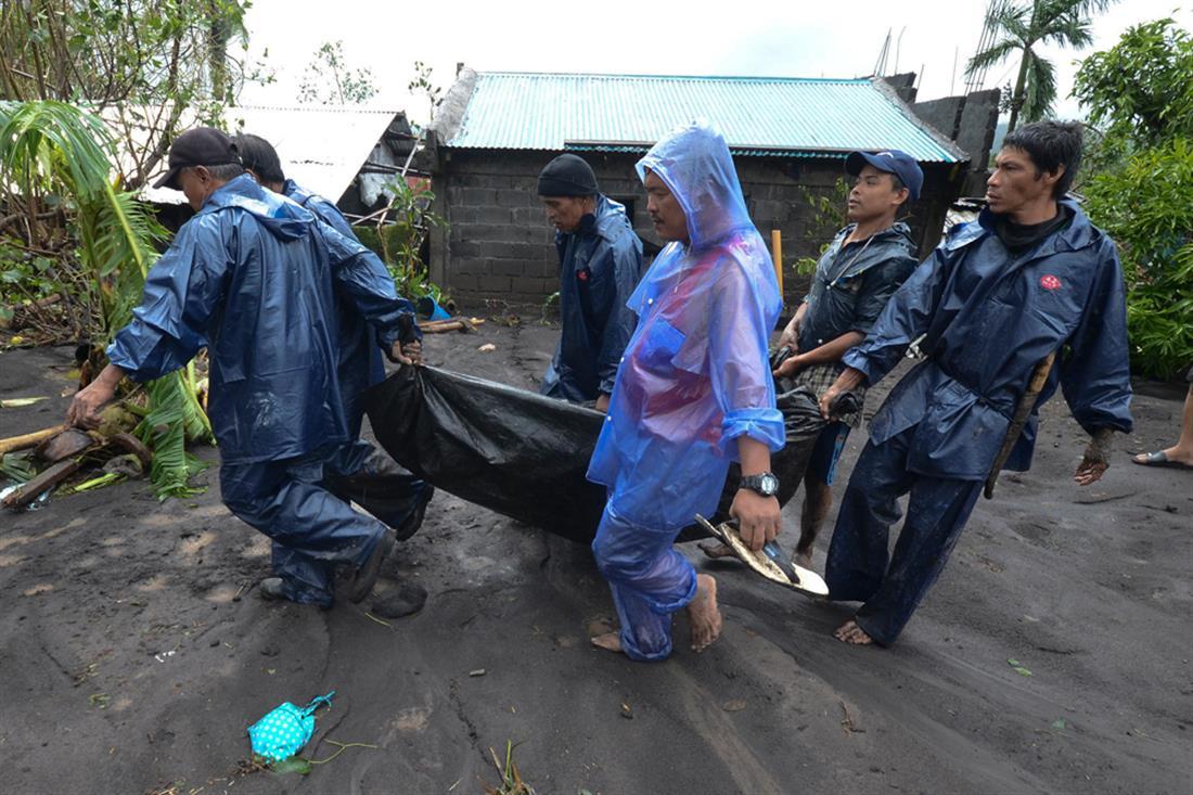 Φιλιππίνες - τυφώνας Γκόνι
