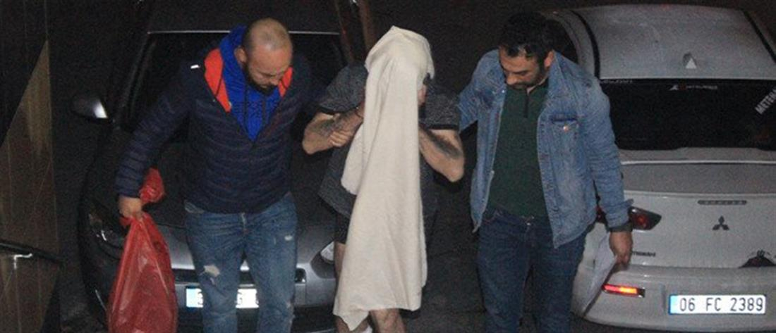 Εικόνες από την επεισοδιακή σύλληψη των διαρρηκτών στο σπίτι του Βαρθολομαίου