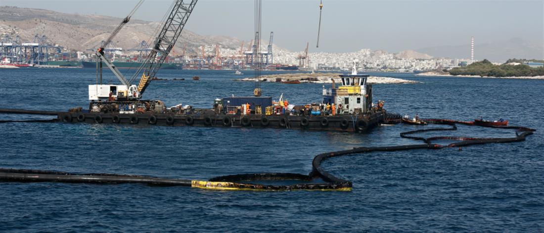"""Ελεύθερη η κολύμβηση στις περιοχές που επλήγησαν από τη ρύπανση του """"Αγία Ζώνη ΙΙ"""""""
