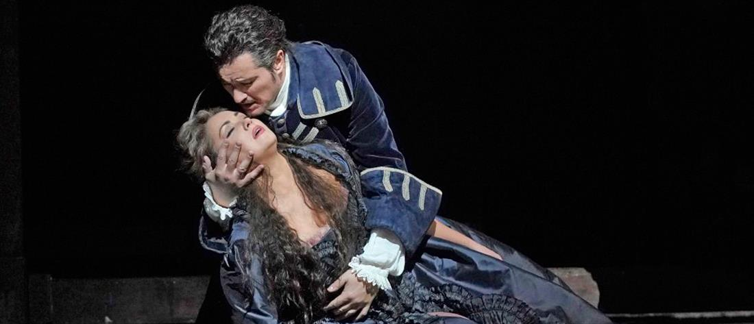 """The Met: Live in HD: Ποδαρικό με """"Αντριάνα Λεκουβρέρ"""""""