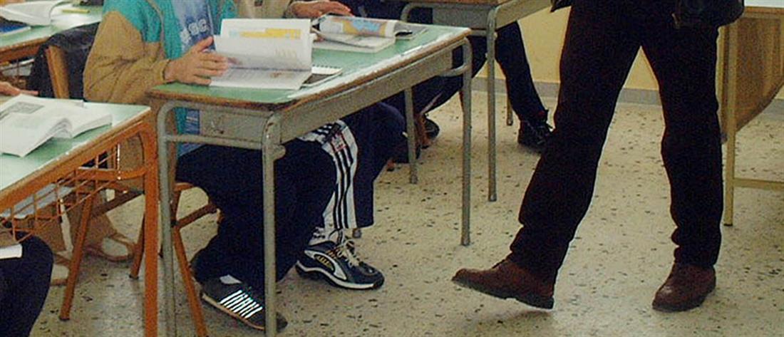 Κόντρα Γαβρόγλου – ΝΔ για τις προσλήψεις στην εκπαίδευση