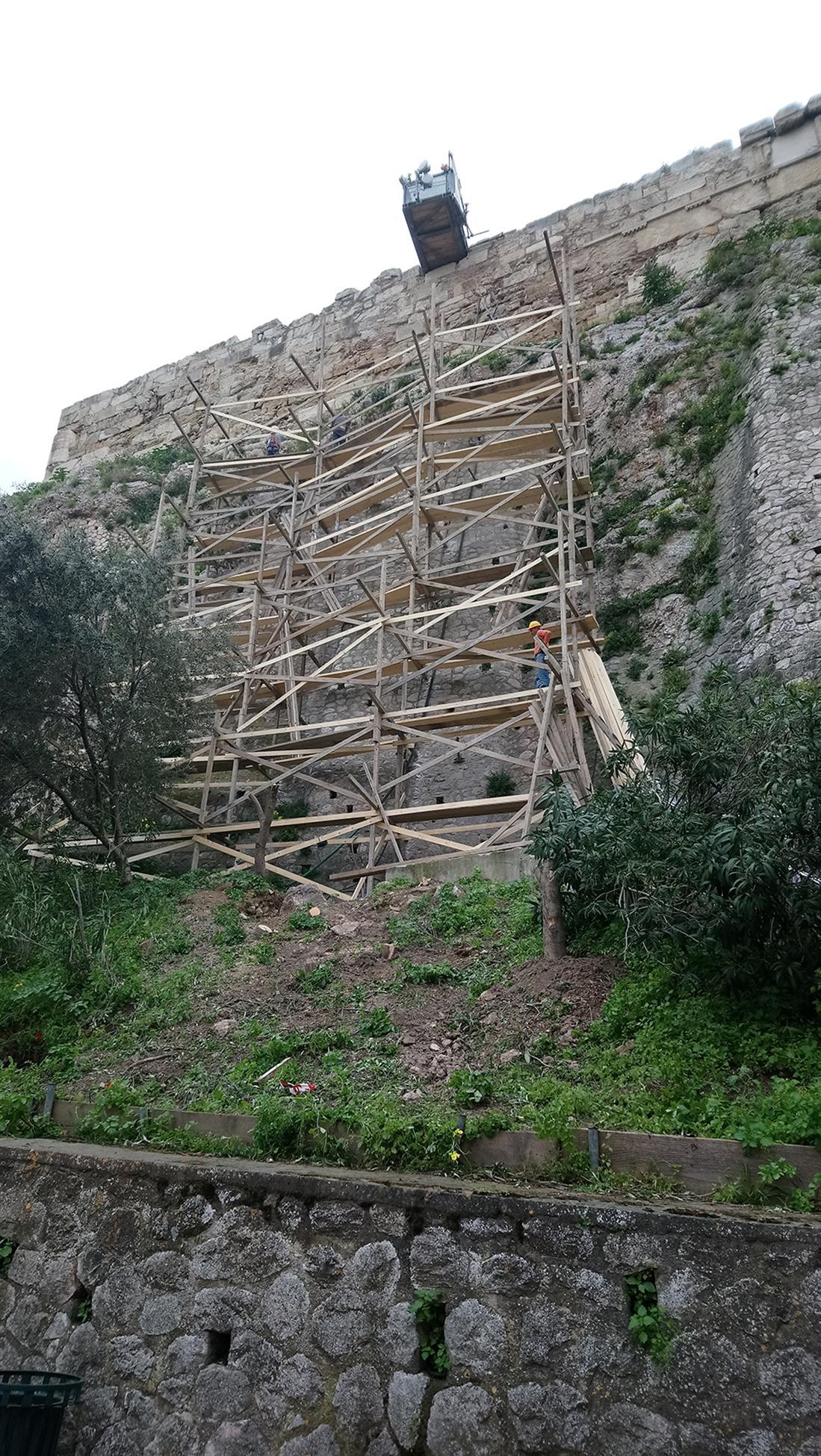 Αρχαιολογικός χώρος - Ακρόπολη