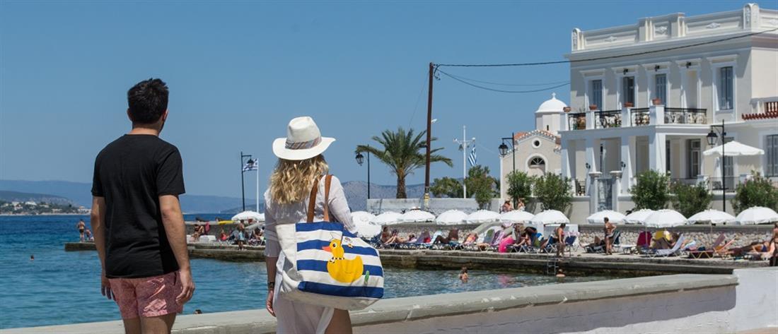 ΙΝΣΕΤΕ: Ποιοι είναι οι καλύτεροι τουρίστες για την Ελλάδα, που μένουν, πόσα ξοδεύουν